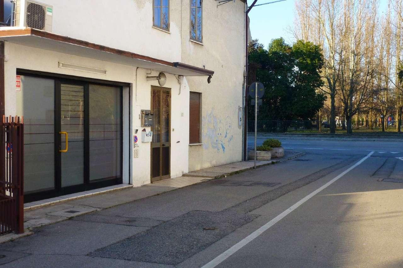 Negozio / Locale in Vendita a Ponte San Nicolò