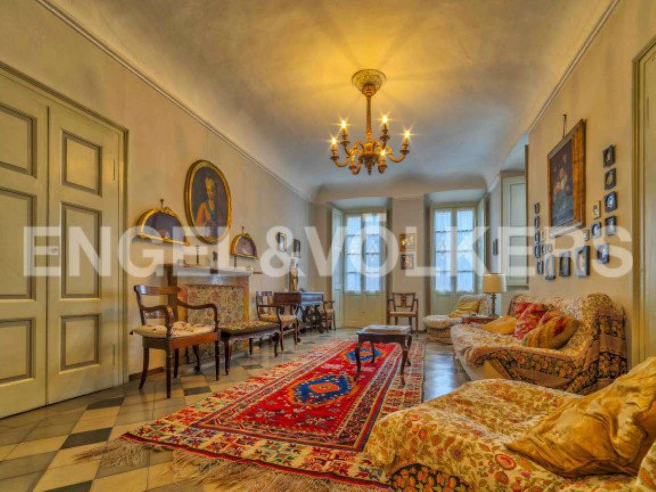 Palazzo / Stabile in vendita a Verbania, 5 locali, prezzo € 970.000 | Cambio Casa.it