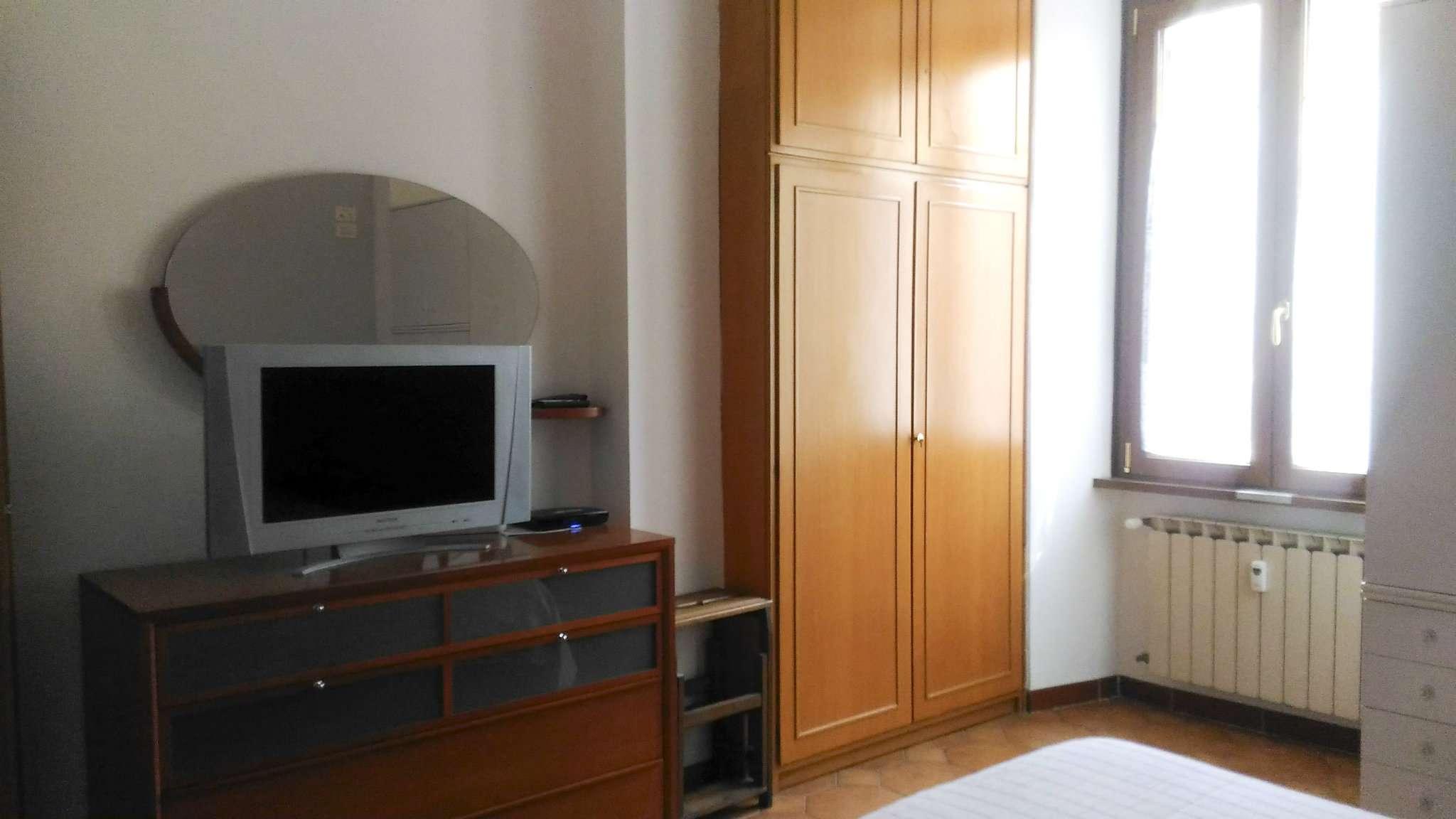 Bilocale roma affitto 1050 euro zona 25 trastevere 28 for Affitto appartamento transitorio roma