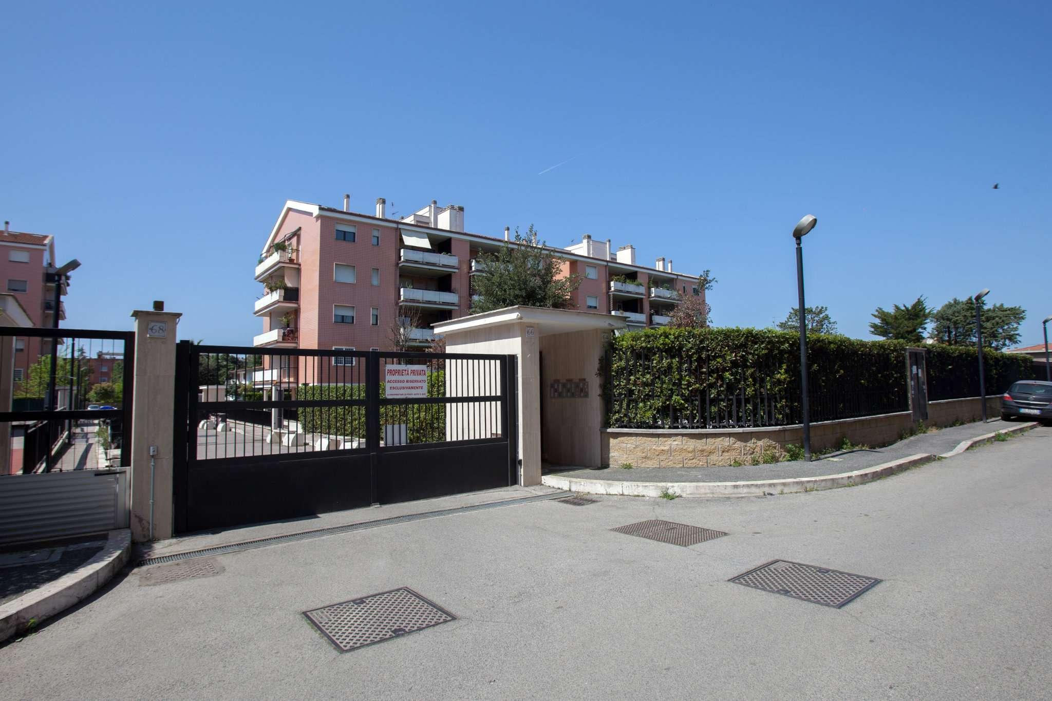 Bilocale in affitto a Roma in Via Olivares, 64