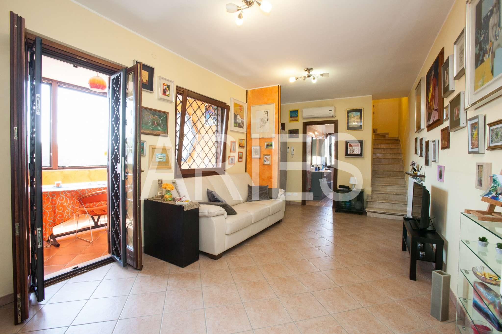 Appartamento in vendita 3 vani 70 mq.  via di Malafede Roma