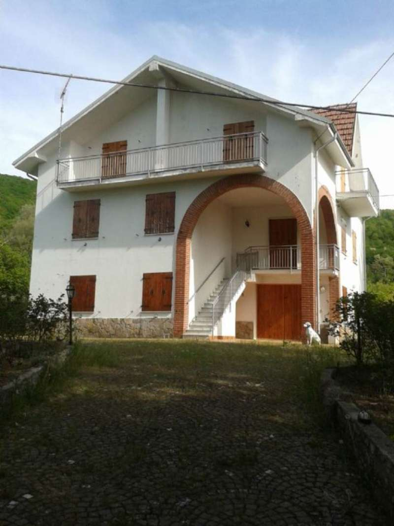 Soluzione Indipendente in vendita a Cantalupo Ligure, 9999 locali, prezzo € 165.000 | Cambio Casa.it