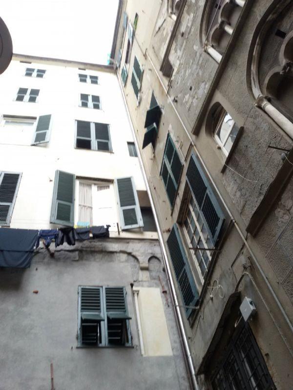 Laboratorio in affitto a Genova, 2 locali, prezzo € 500 | Cambio Casa.it