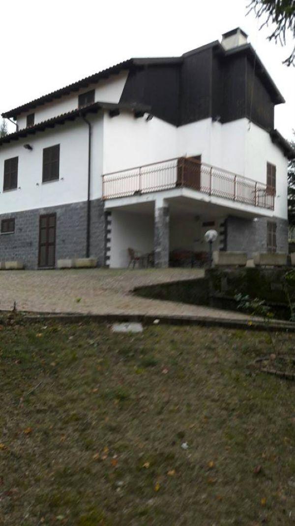Villa in vendita a Cantalupo Ligure, 5 locali, prezzo € 210.000 | Cambio Casa.it