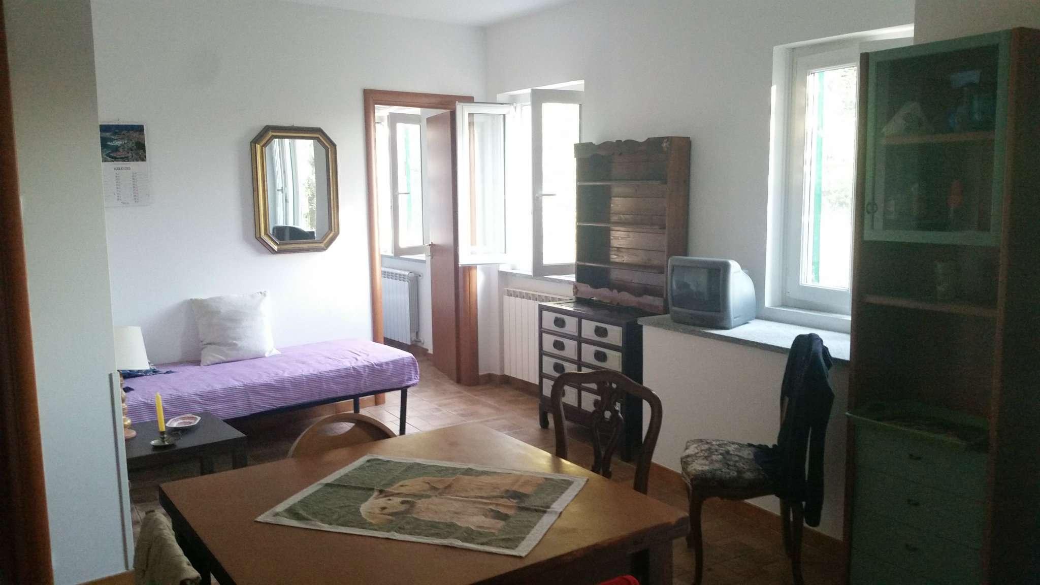 Soluzione Indipendente in vendita a Avegno, 5 locali, prezzo € 185.000 | Cambio Casa.it