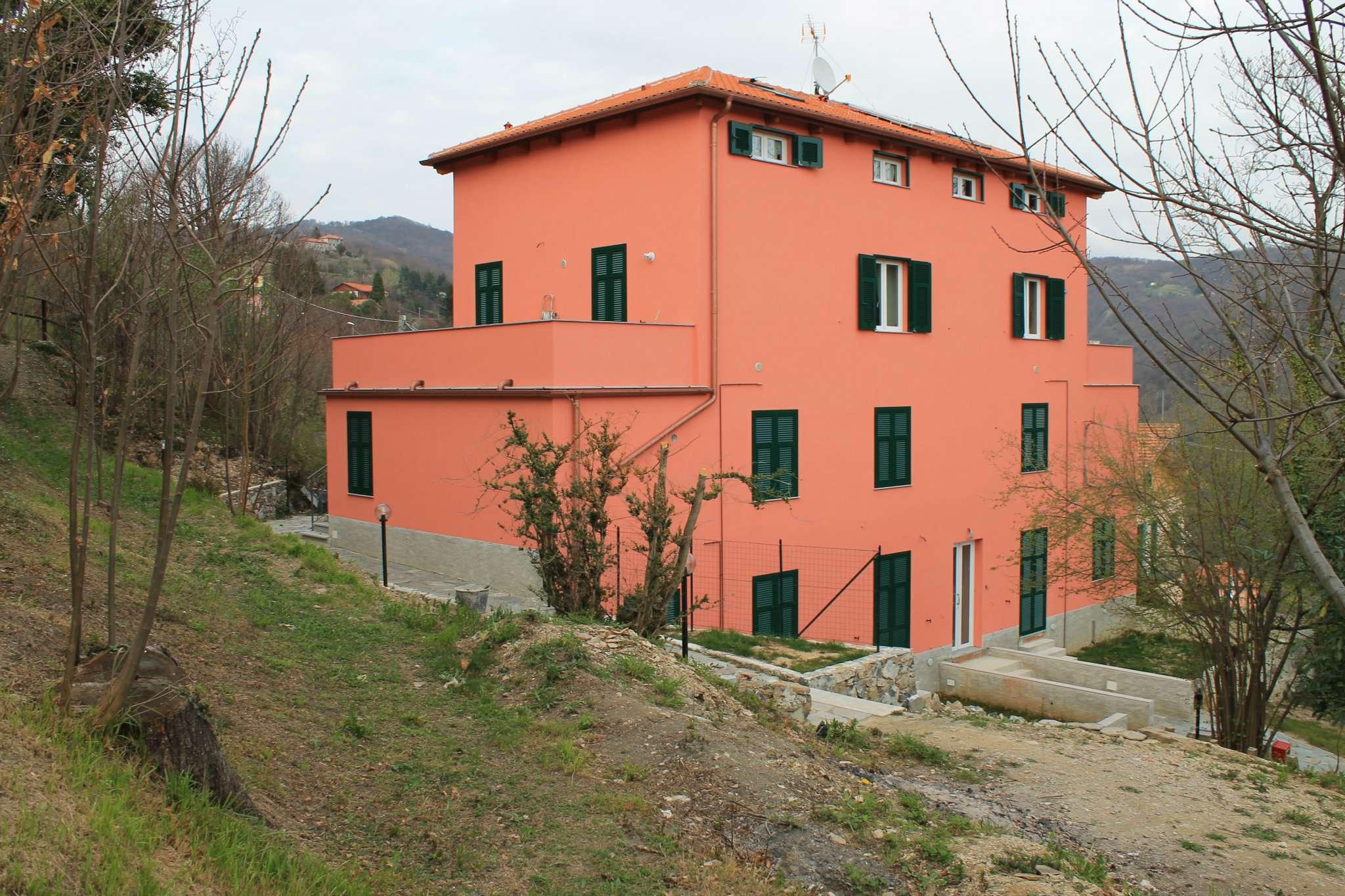 Appartamento in vendita a Serra Riccò, 7 locali, prezzo € 209.000 | CambioCasa.it