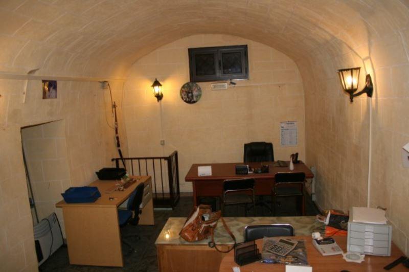 Appartamento in vendita a Bisceglie, 3 locali, prezzo € 37.000   Cambio Casa.it