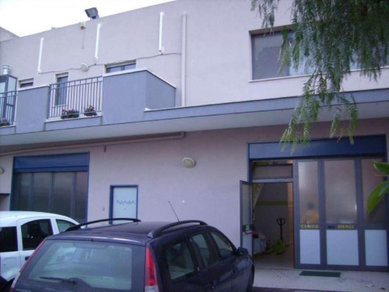 Capannone in vendita a Bisceglie, 9999 locali, prezzo € 650.000 | Cambio Casa.it