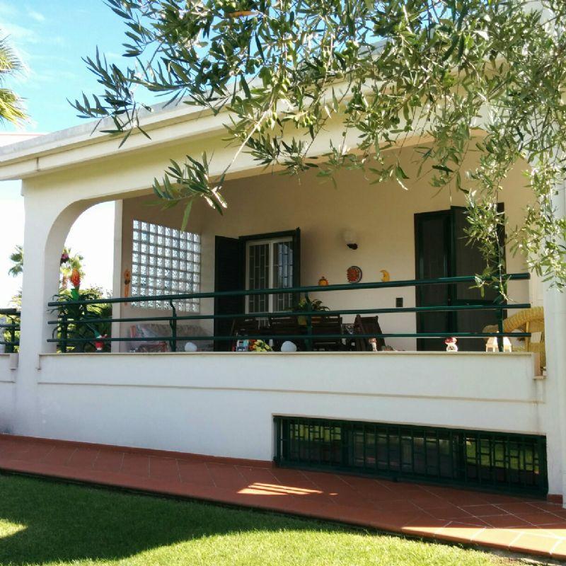 Villa in vendita a Bisceglie, 5 locali, prezzo € 450.000 | Cambio Casa.it