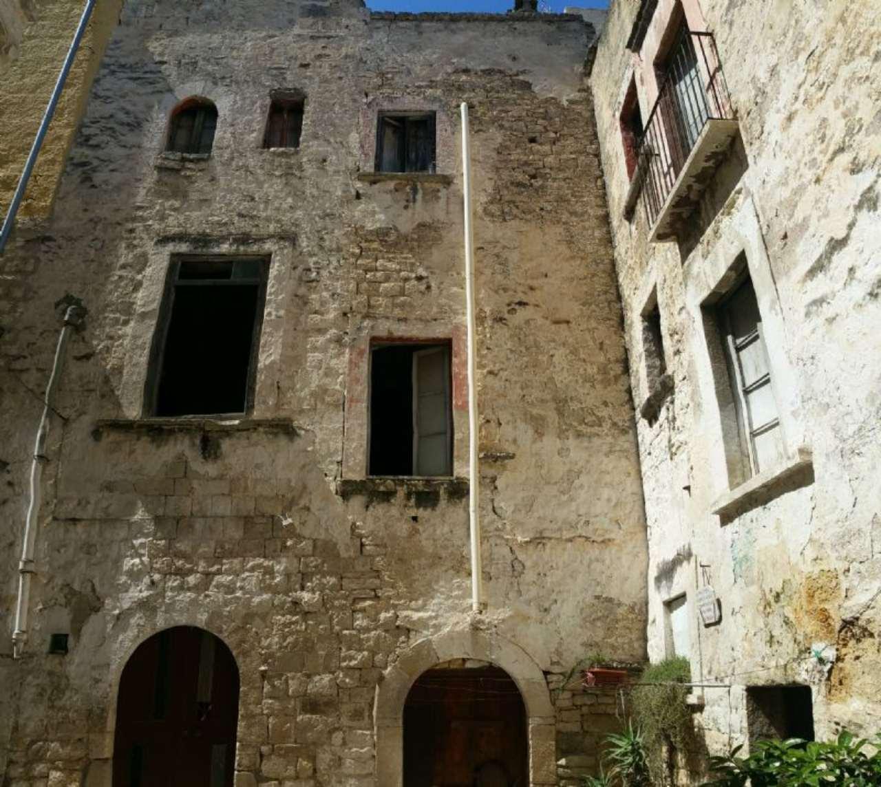Palazzo / Stabile in vendita a Bisceglie, 9999 locali, prezzo € 65.000 | Cambio Casa.it
