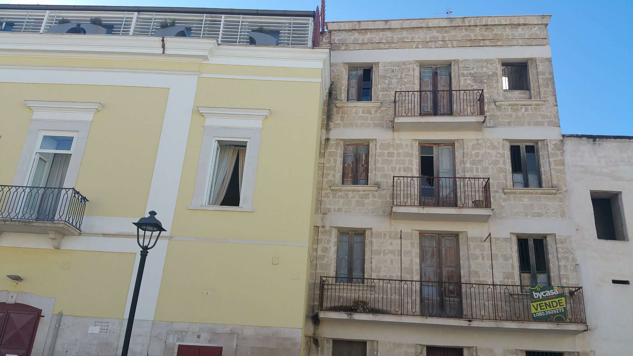 Palazzo / Stabile in vendita a Bisceglie, 5 locali, prezzo € 170.000 | CambioCasa.it