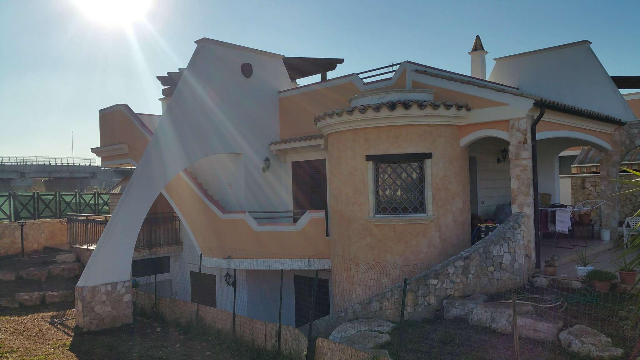 Villa in vendita a Bisceglie, 5 locali, prezzo € 310.000 | Cambio Casa.it