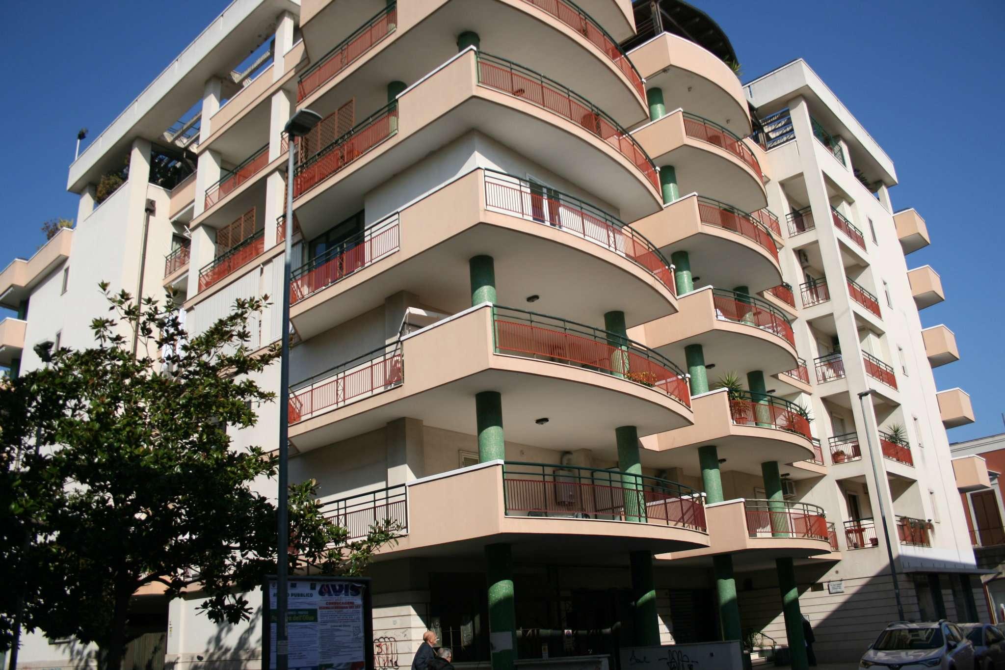 Appartamento in vendita a Bisceglie, 6 locali, prezzo € 320.000 | Cambio Casa.it