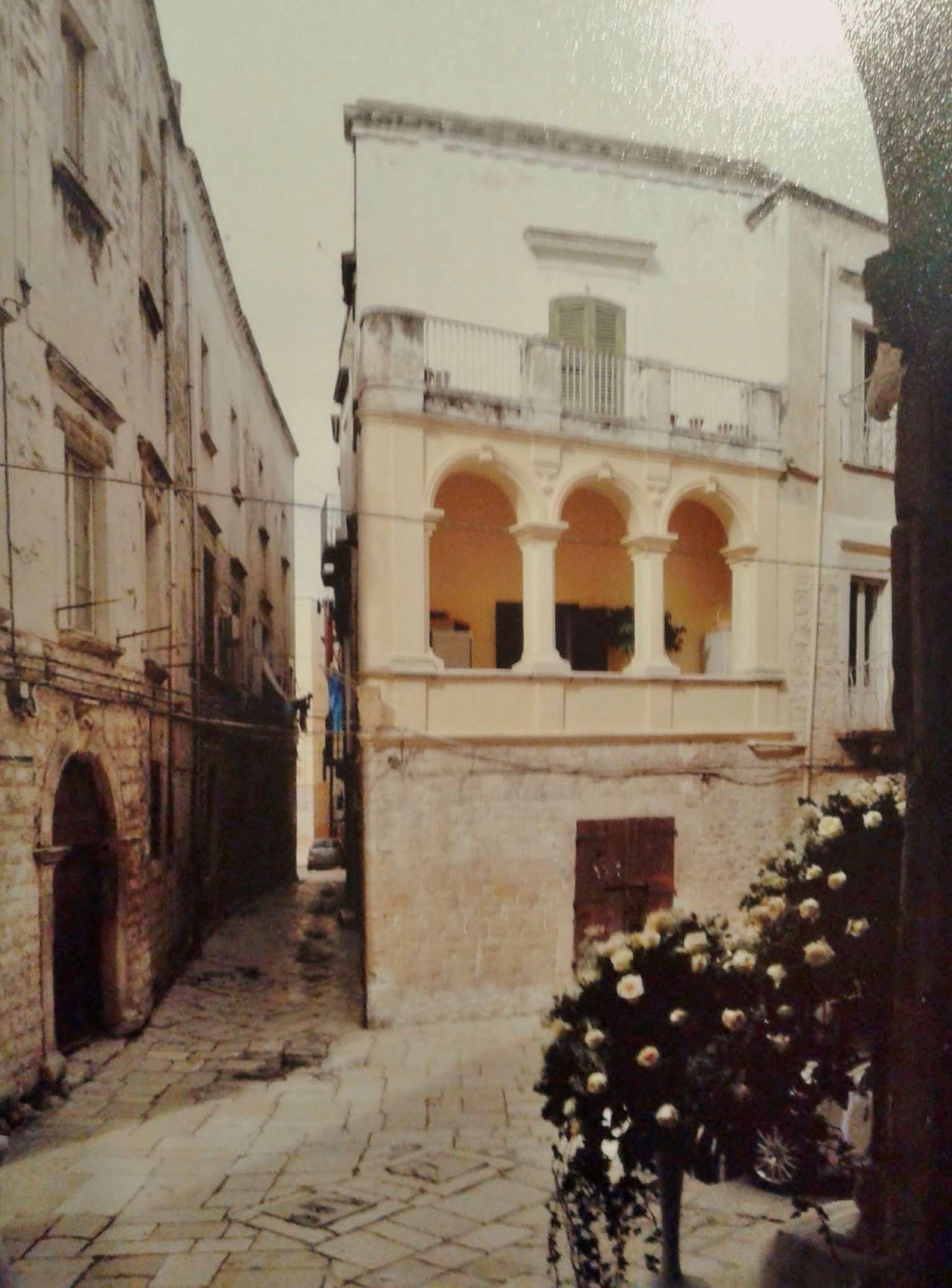 Appartamento in vendita a Bisceglie, 5 locali, prezzo € 100.000 | Cambio Casa.it