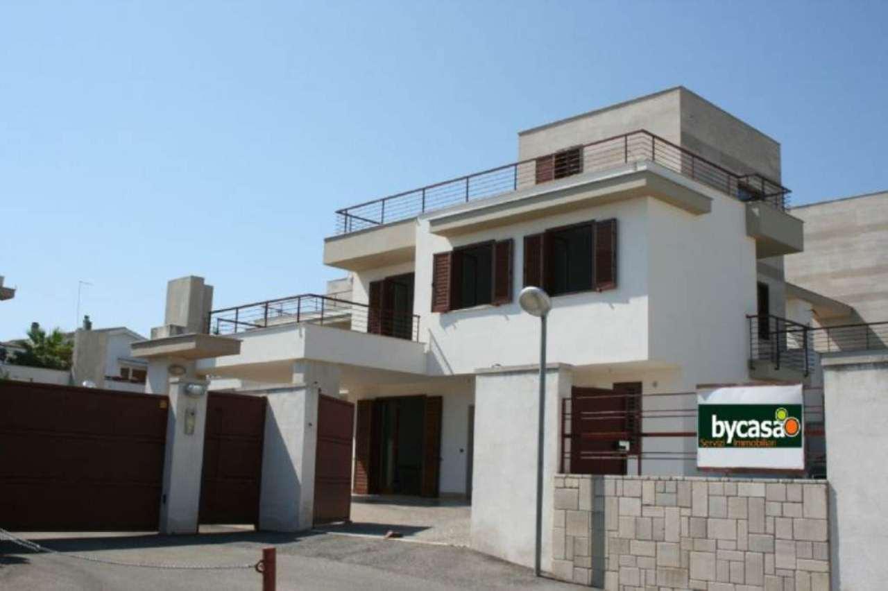 Villa in vendita a Bisceglie, 4 locali, prezzo € 380.000 | Cambio Casa.it