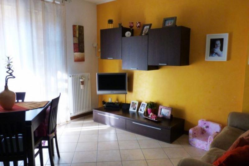 Appartamento in Vendita a Carugate: 3 locali, 85 mq