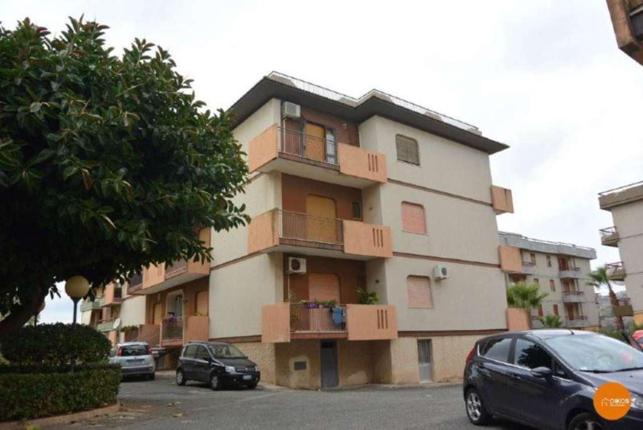 Appartamento in vendita a Noto, 6 locali, prezzo € 130.000 | Cambio Casa.it