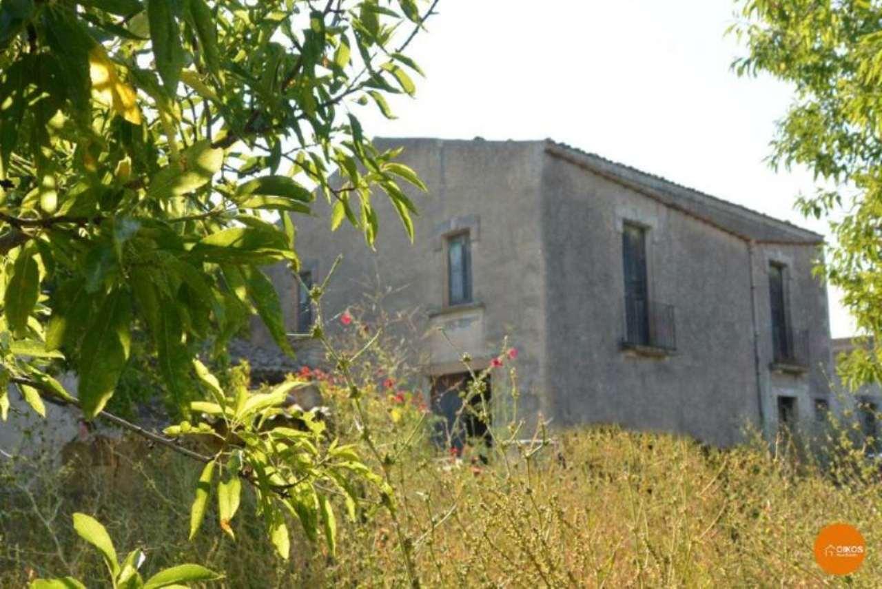 Terreno Edificabile Residenziale in vendita a Noto, 7 locali, prezzo € 500.000 | CambioCasa.it