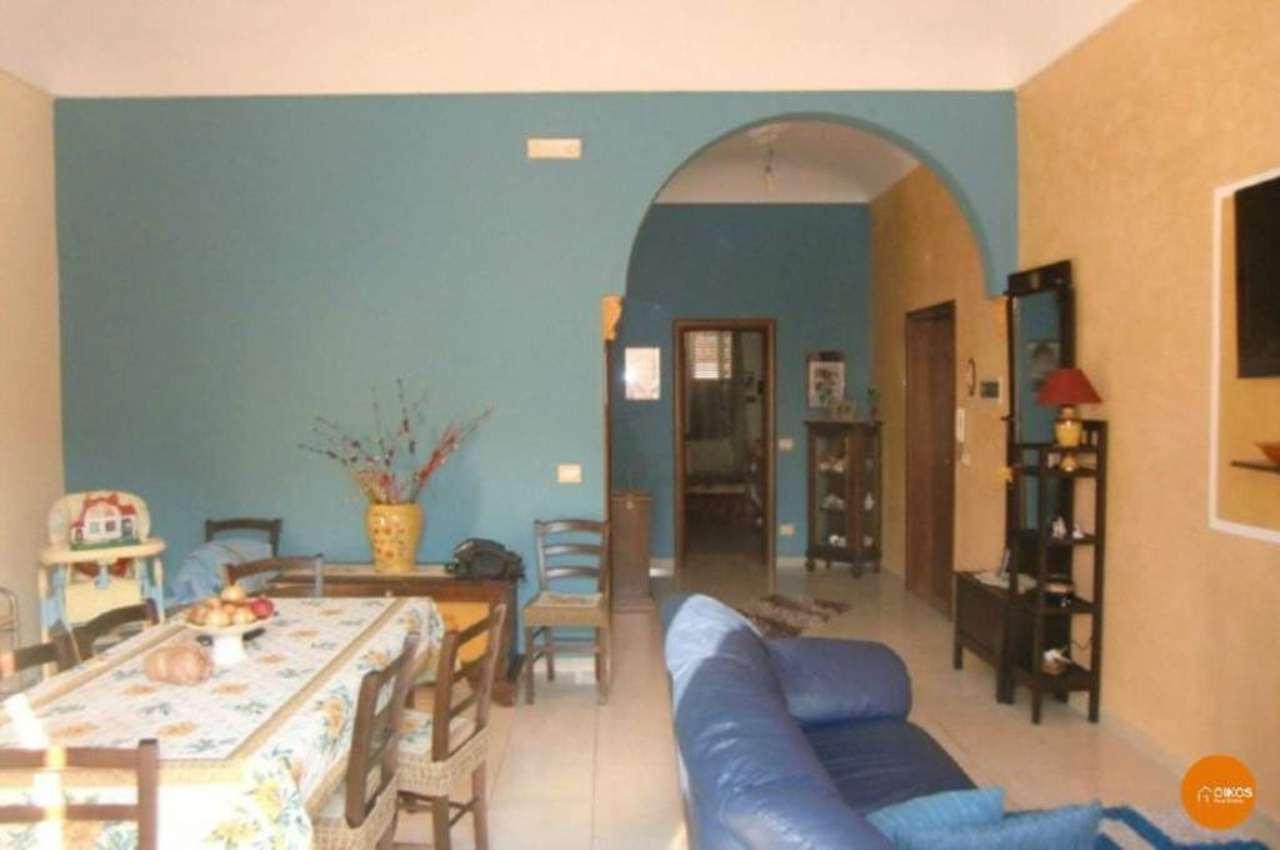 Appartamento in vendita a Noto, 4 locali, prezzo € 75.000 | Cambio Casa.it