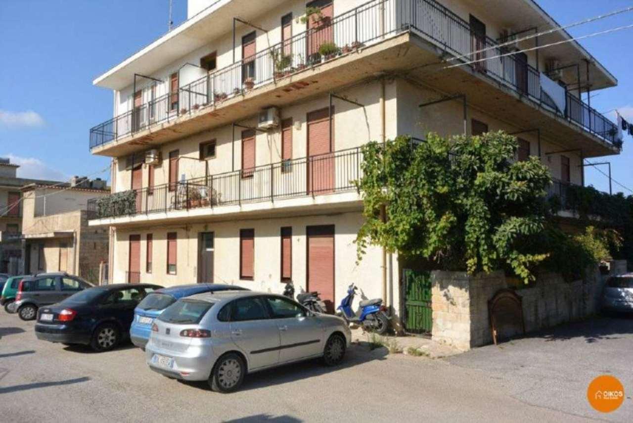 Appartamento in vendita a Noto, 3 locali, prezzo € 120.000 | Cambio Casa.it