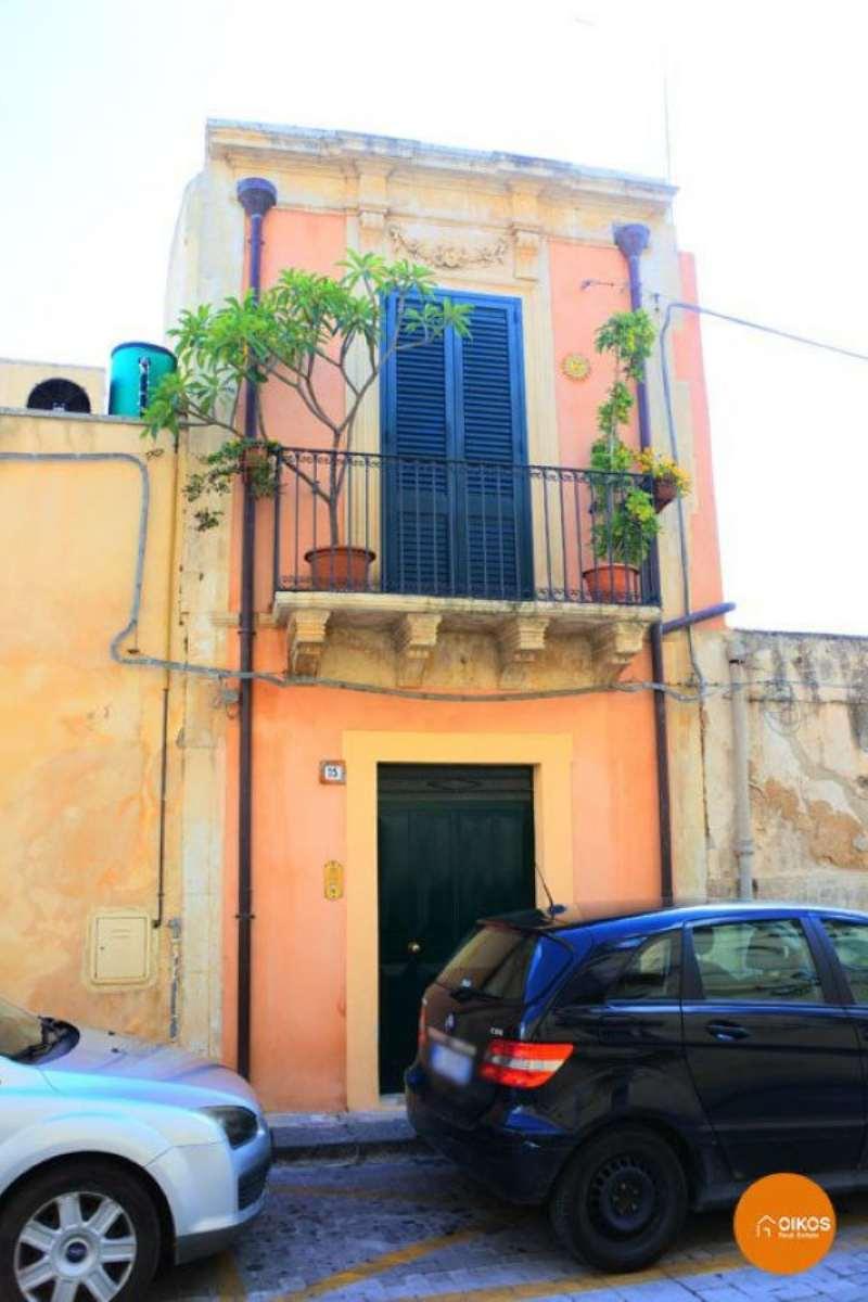 Bilocale Noto Via Garibaldi 1