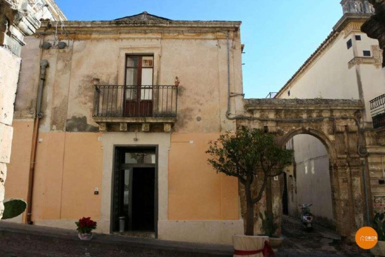 Soluzione Indipendente in vendita a Noto, 3 locali, prezzo € 150.000 | Cambio Casa.it