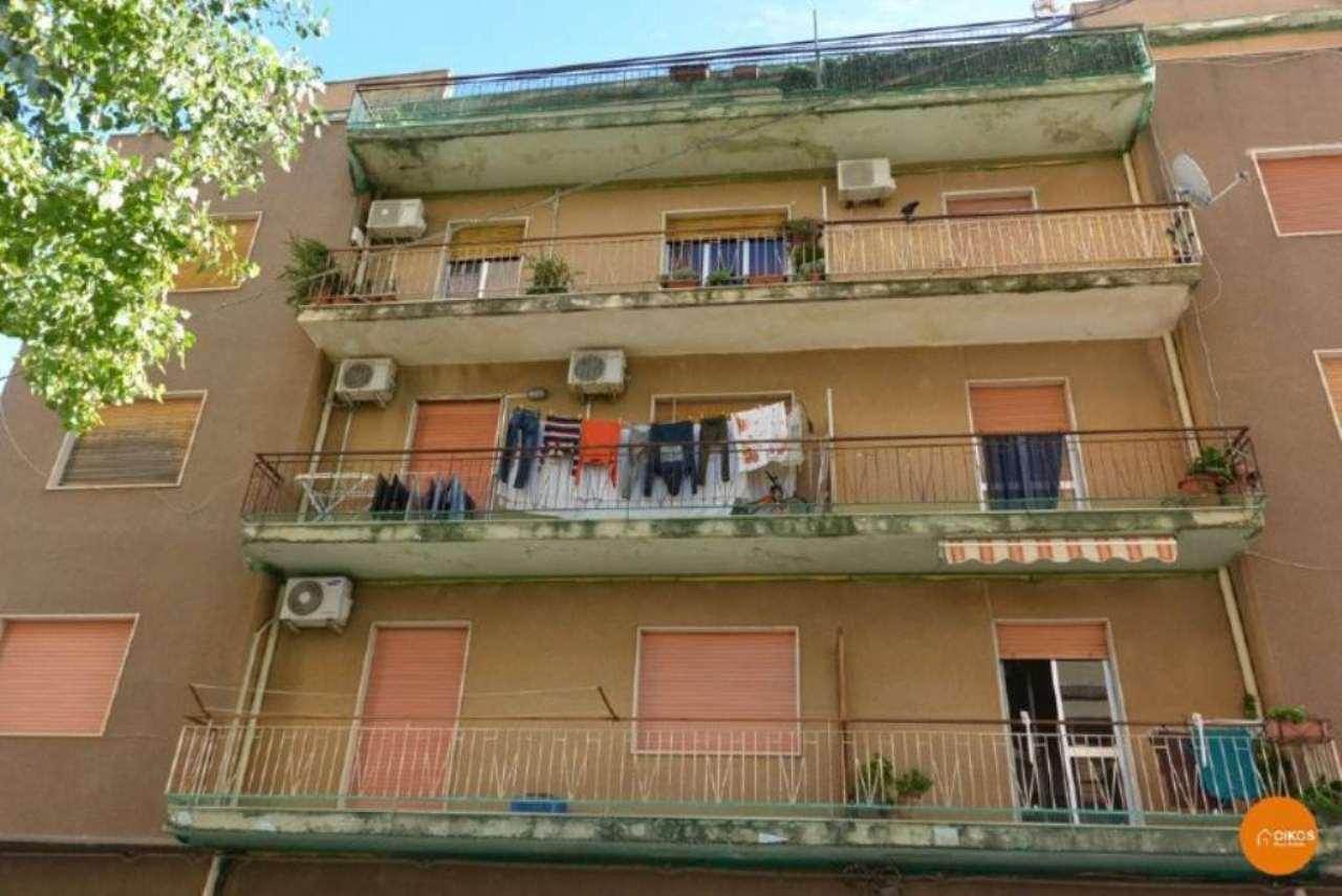 Appartamento in vendita a Noto, 5 locali, prezzo € 80.000 | CambioCasa.it