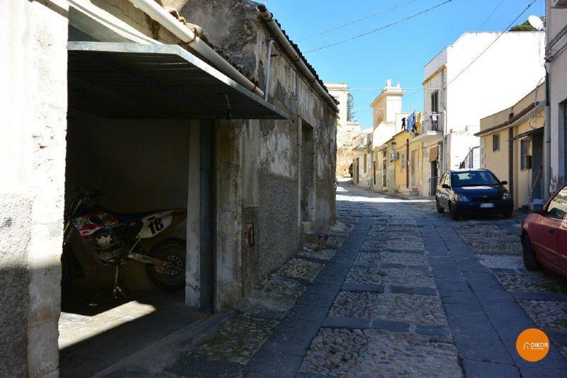 Box / Garage in vendita a Noto, 1 locali, prezzo € 25.000 | Cambio Casa.it