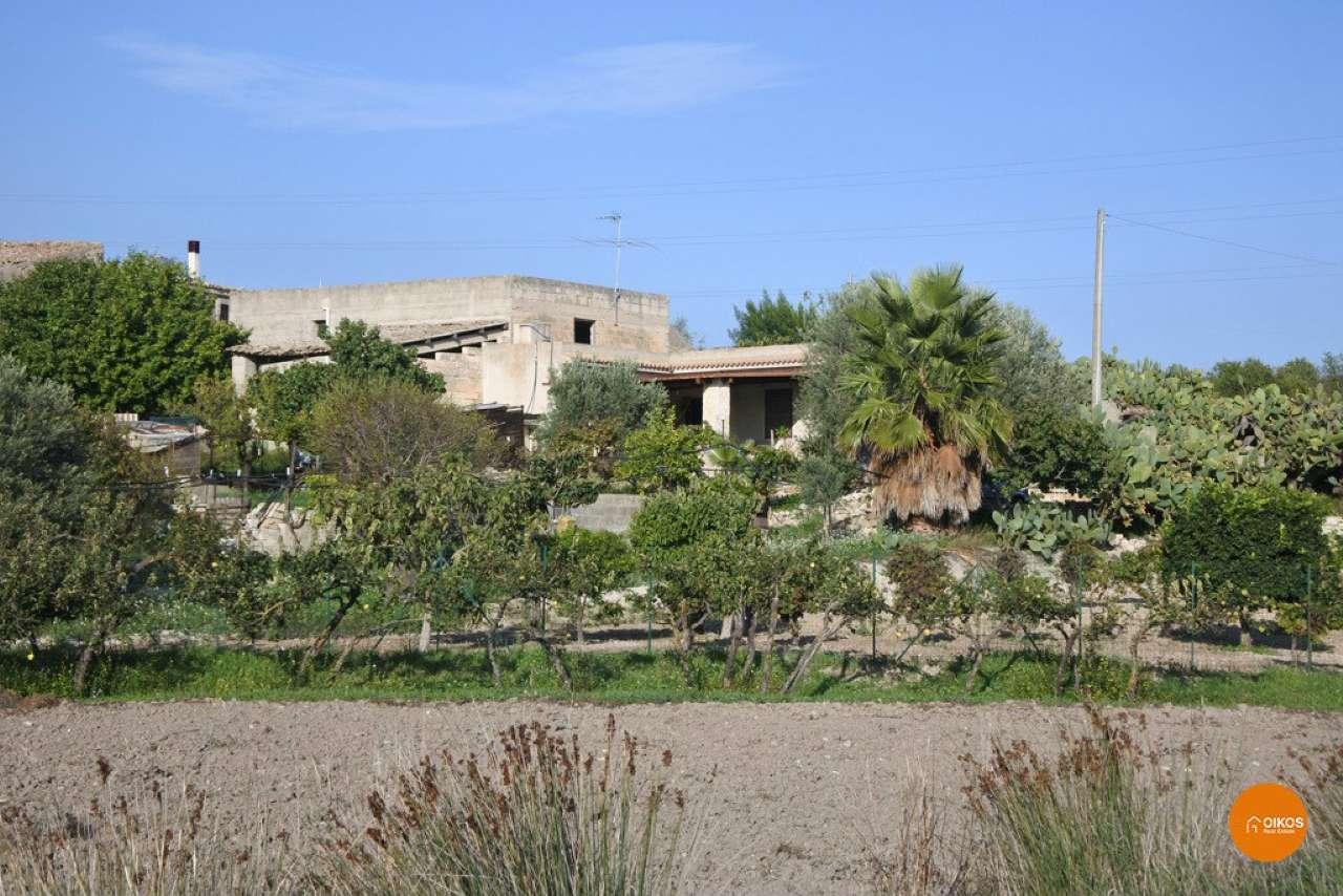 Soluzione Indipendente in vendita a Noto, 9999 locali, prezzo € 100.000 | Cambio Casa.it
