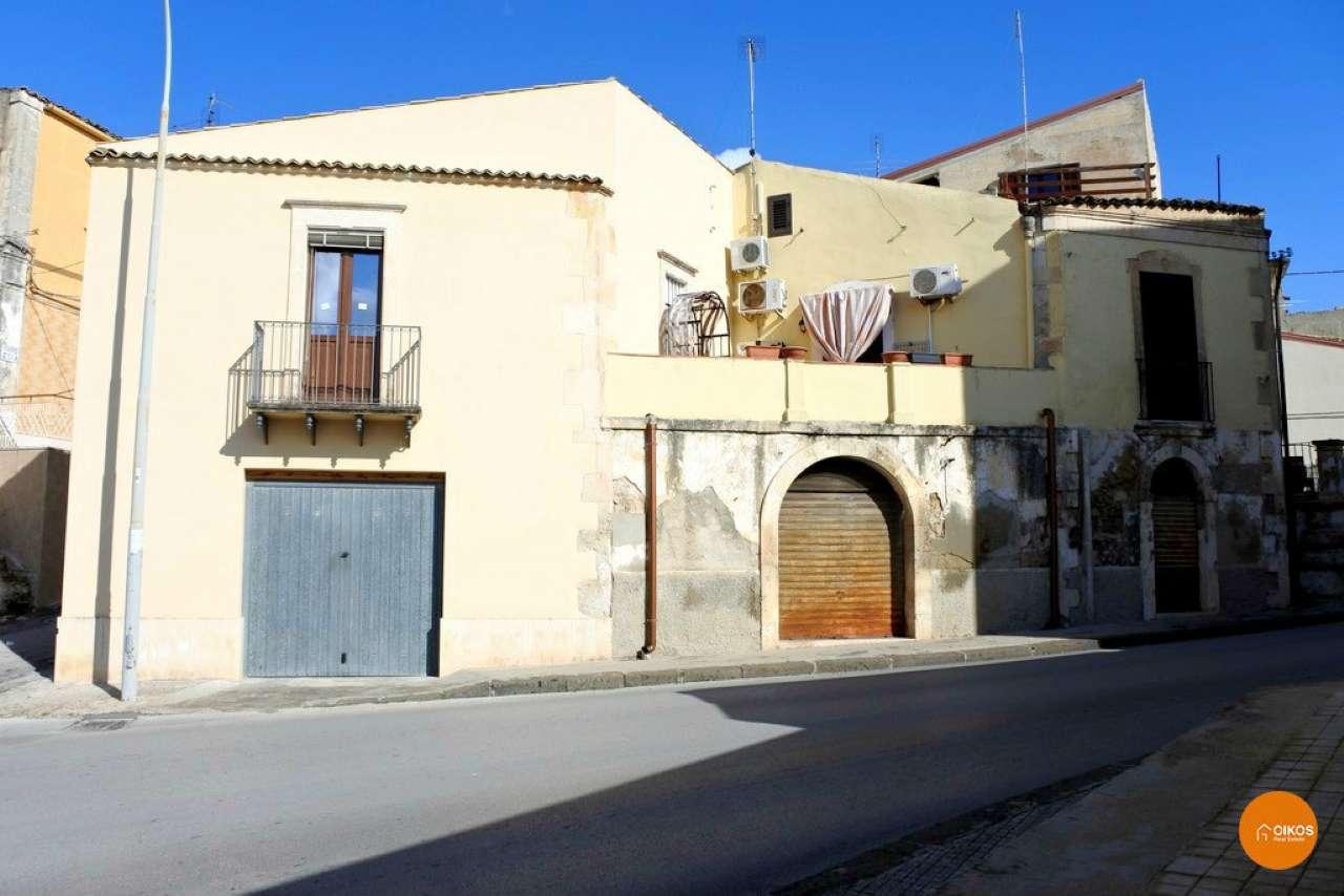 Soluzione Indipendente in vendita a Noto, 9999 locali, prezzo € 130.000 | Cambio Casa.it