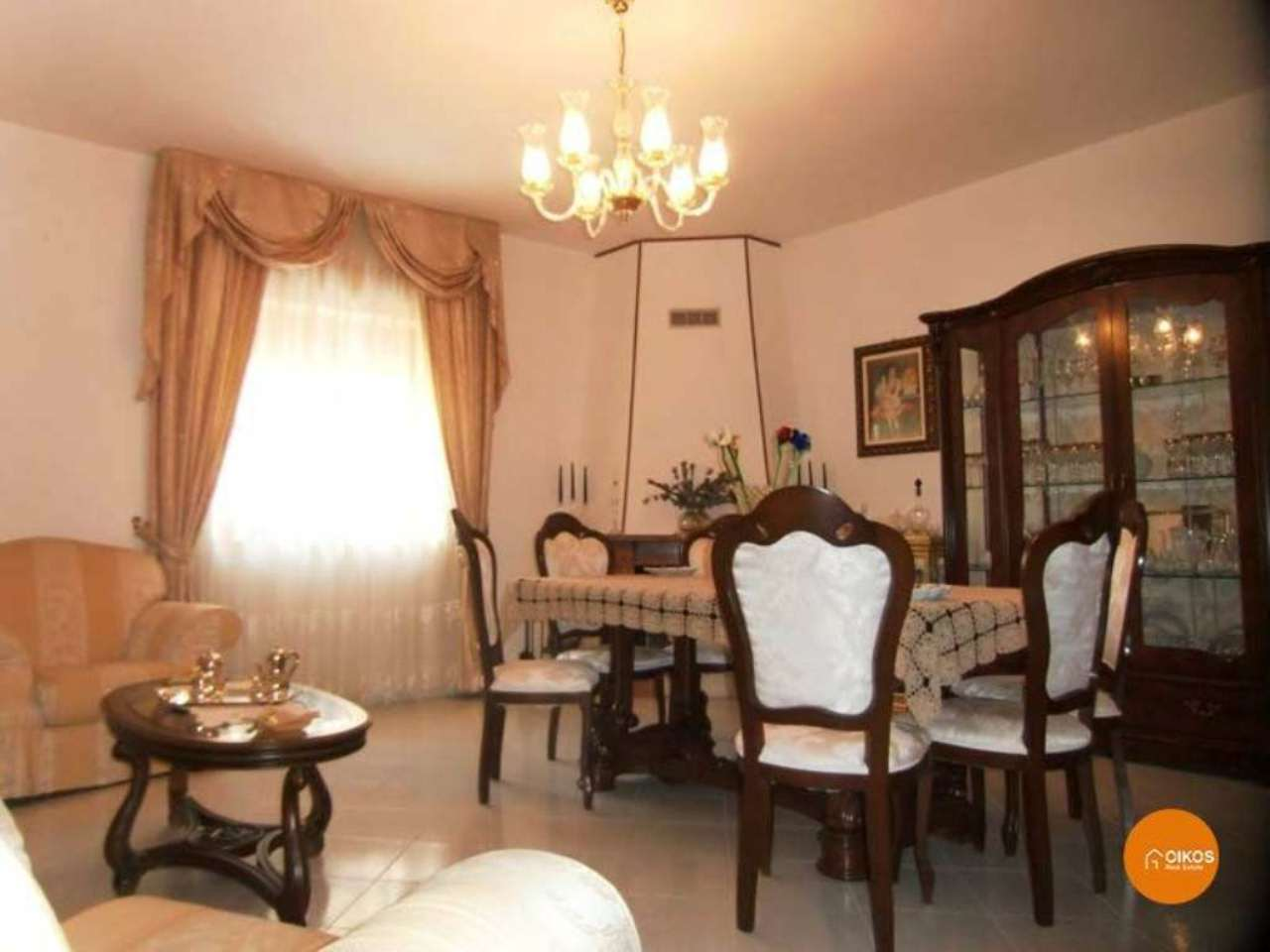 Appartamento in vendita a Noto, 5 locali, prezzo € 180.000 | Cambio Casa.it