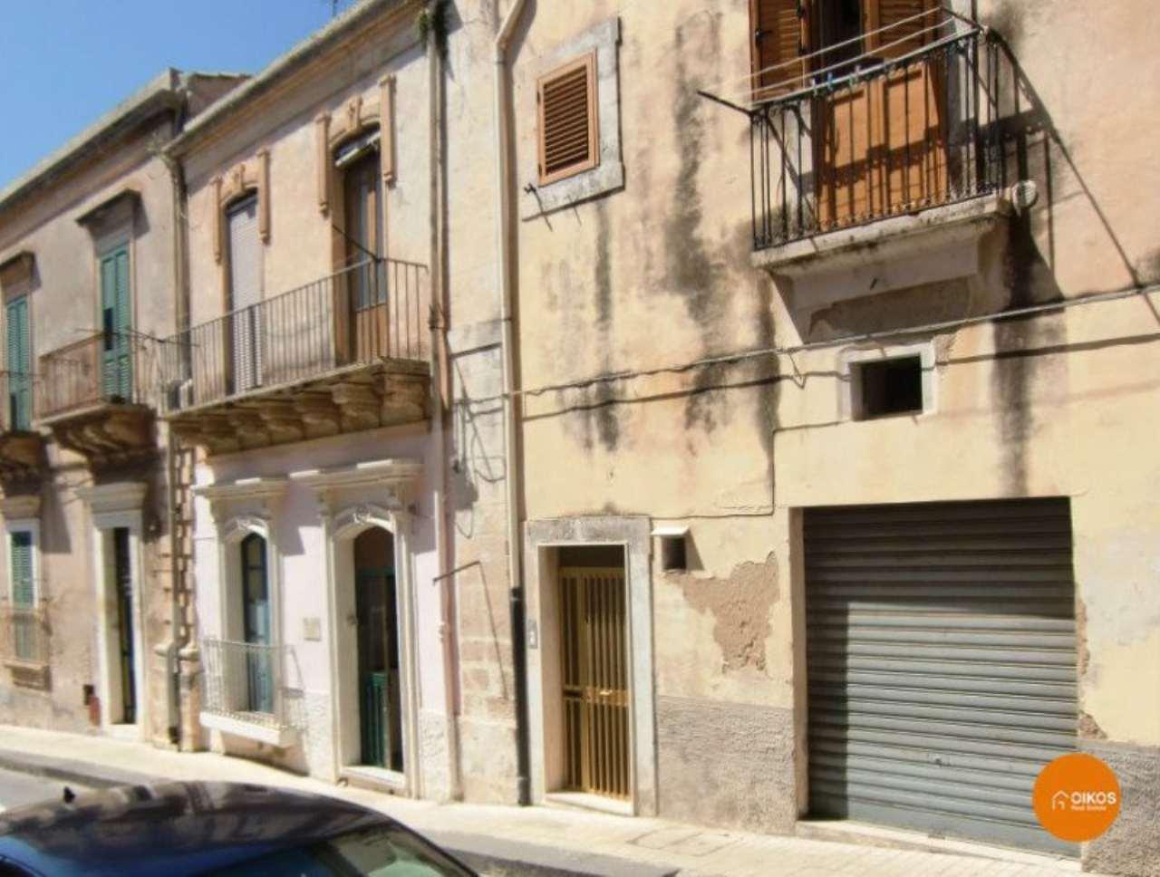 Soluzione Indipendente in vendita a Noto, 4 locali, prezzo € 85.000   Cambio Casa.it