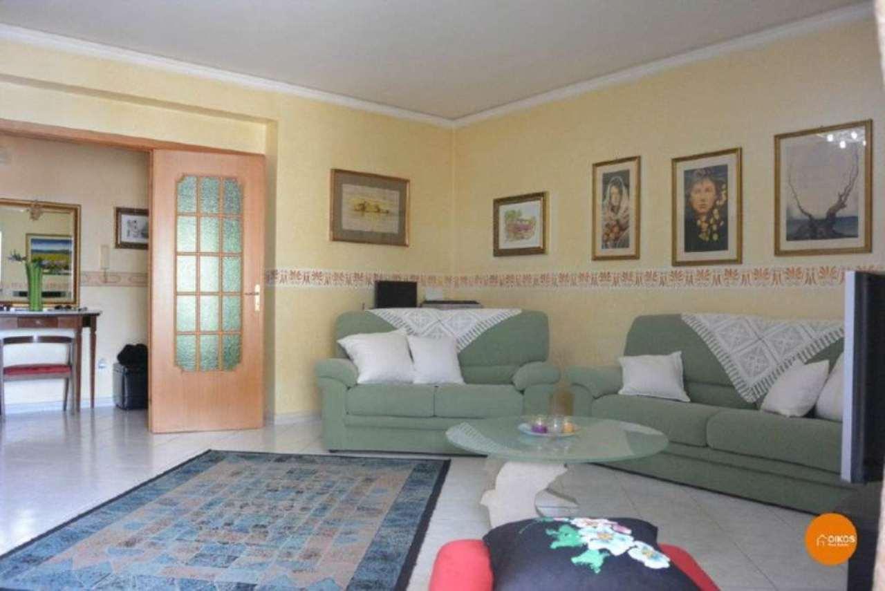 Appartamento in vendita a Noto, 4 locali, prezzo € 115.000 | Cambio Casa.it
