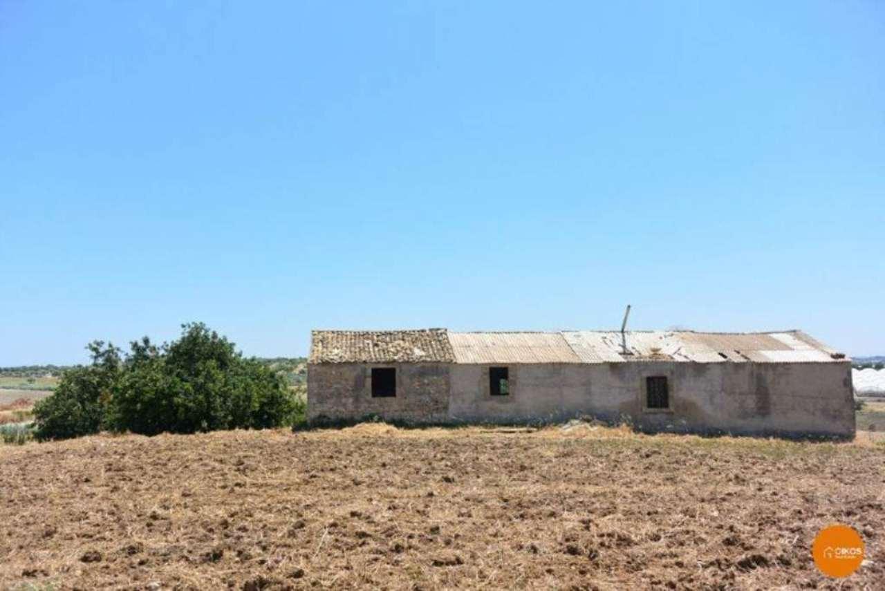 Rustico / Casale in vendita a Ispica, 8 locali, prezzo € 450.000 | Cambio Casa.it