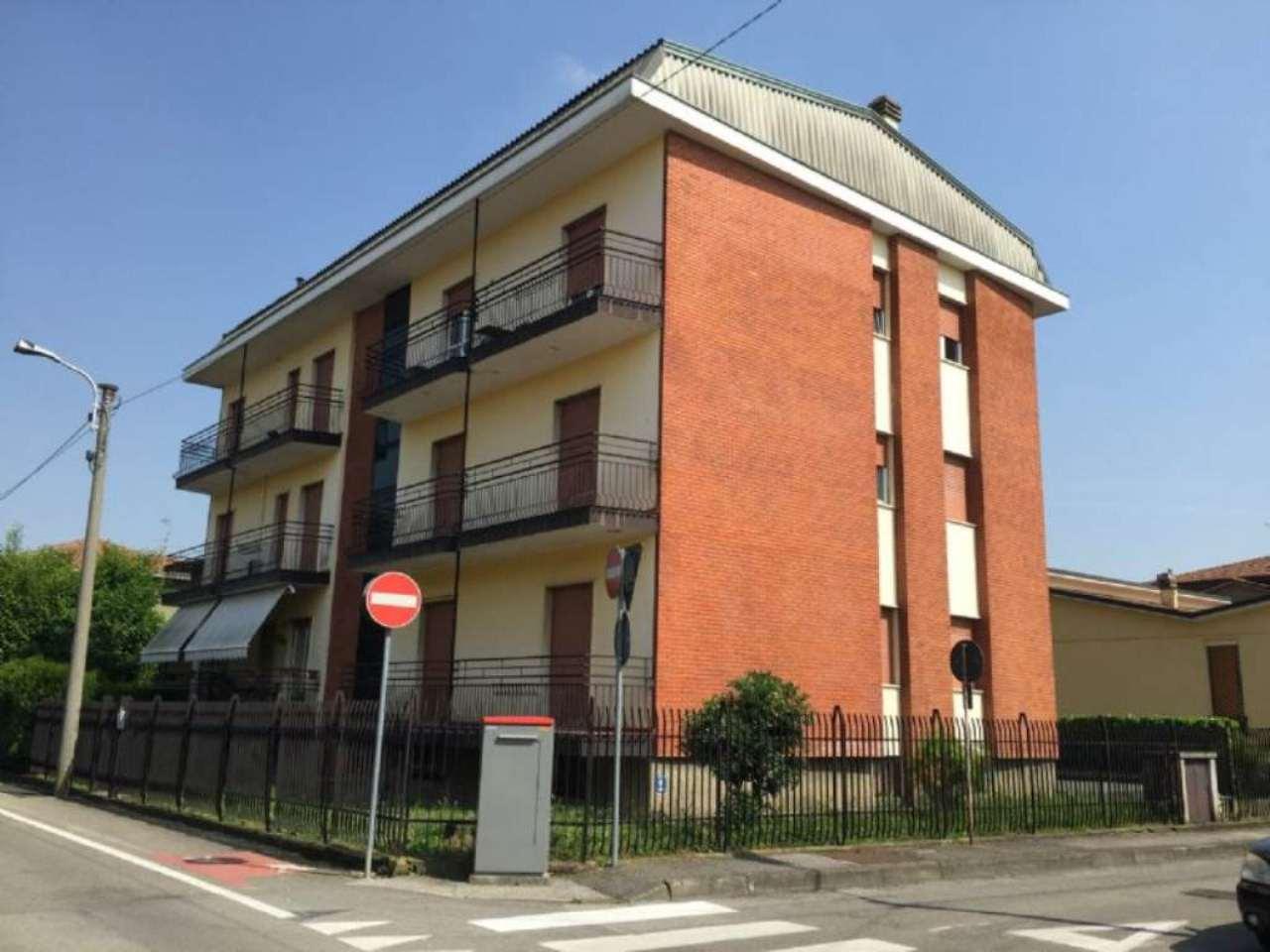 Appartamento in affitto a Arcore, 2 locali, prezzo € 500 | Cambio Casa.it