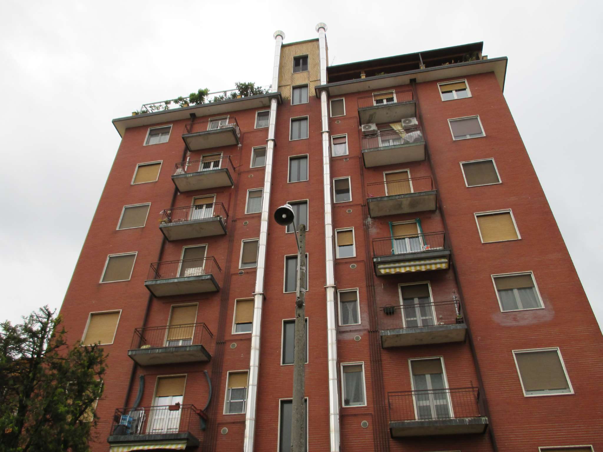 Appartamento in Vendita a Bareggio: 2 locali, 68 mq