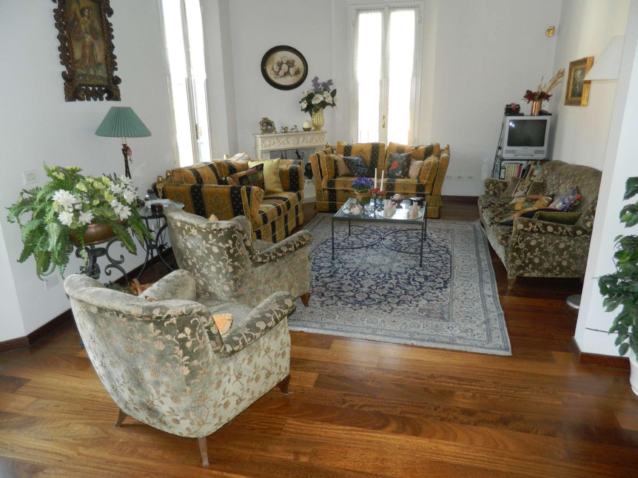 Appartamento in Vendita a Bologna Periferia Sud: 5 locali, 218 mq