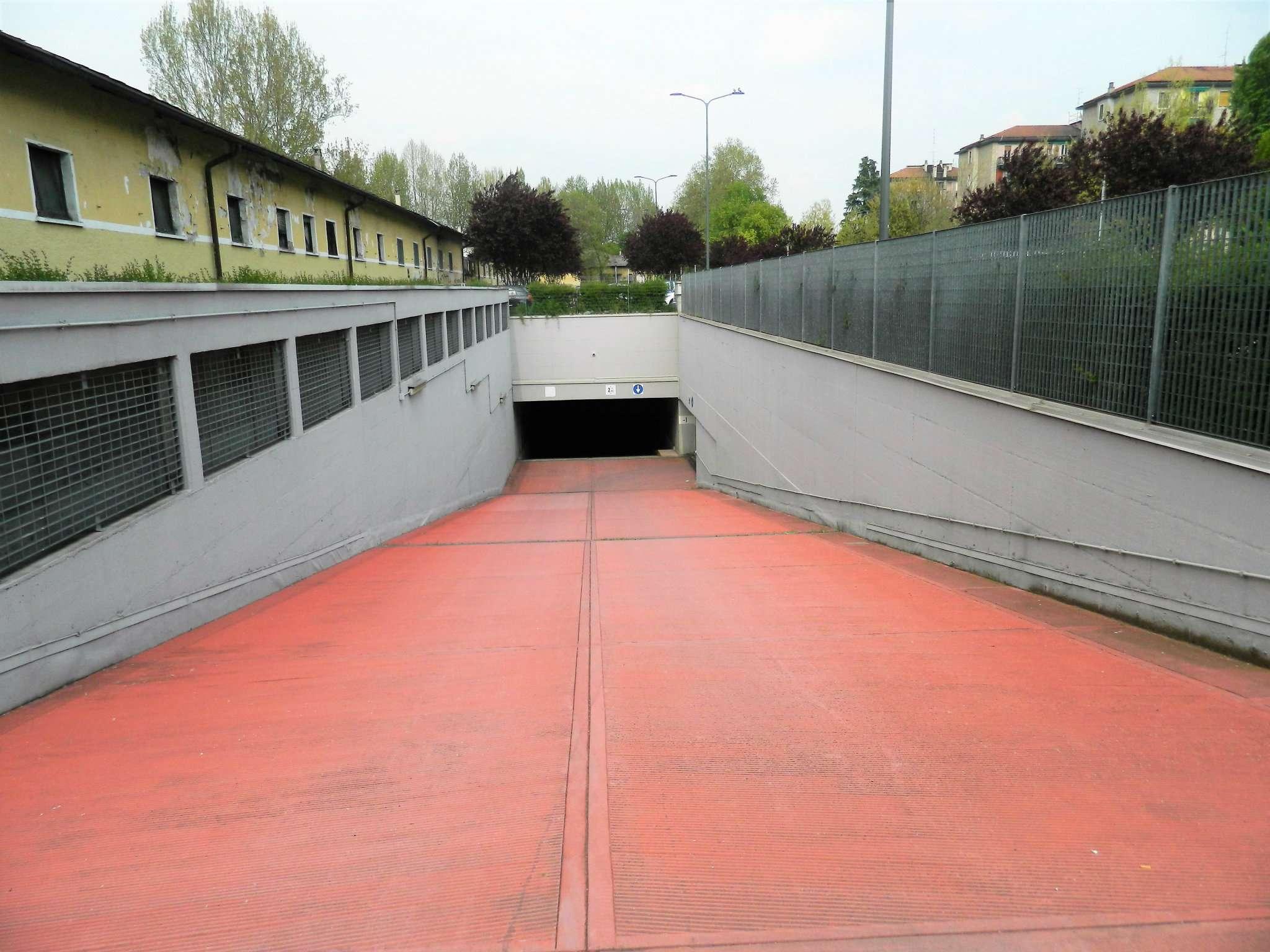 Posto-box auto in Vendita a Milano 18 Ippodromo / San Siro / Zavattari: 47 mq  - Foto 1