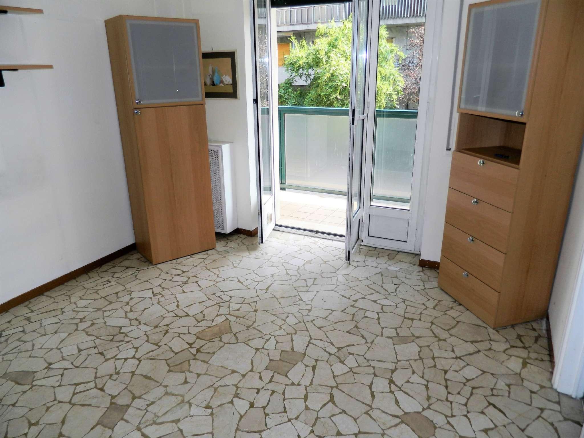 Appartamento in Vendita a Milano 29 Certosa / Bovisa / Dergano / Maciachini / Istria / Testi:  2 locali, 50 mq  - Foto 1