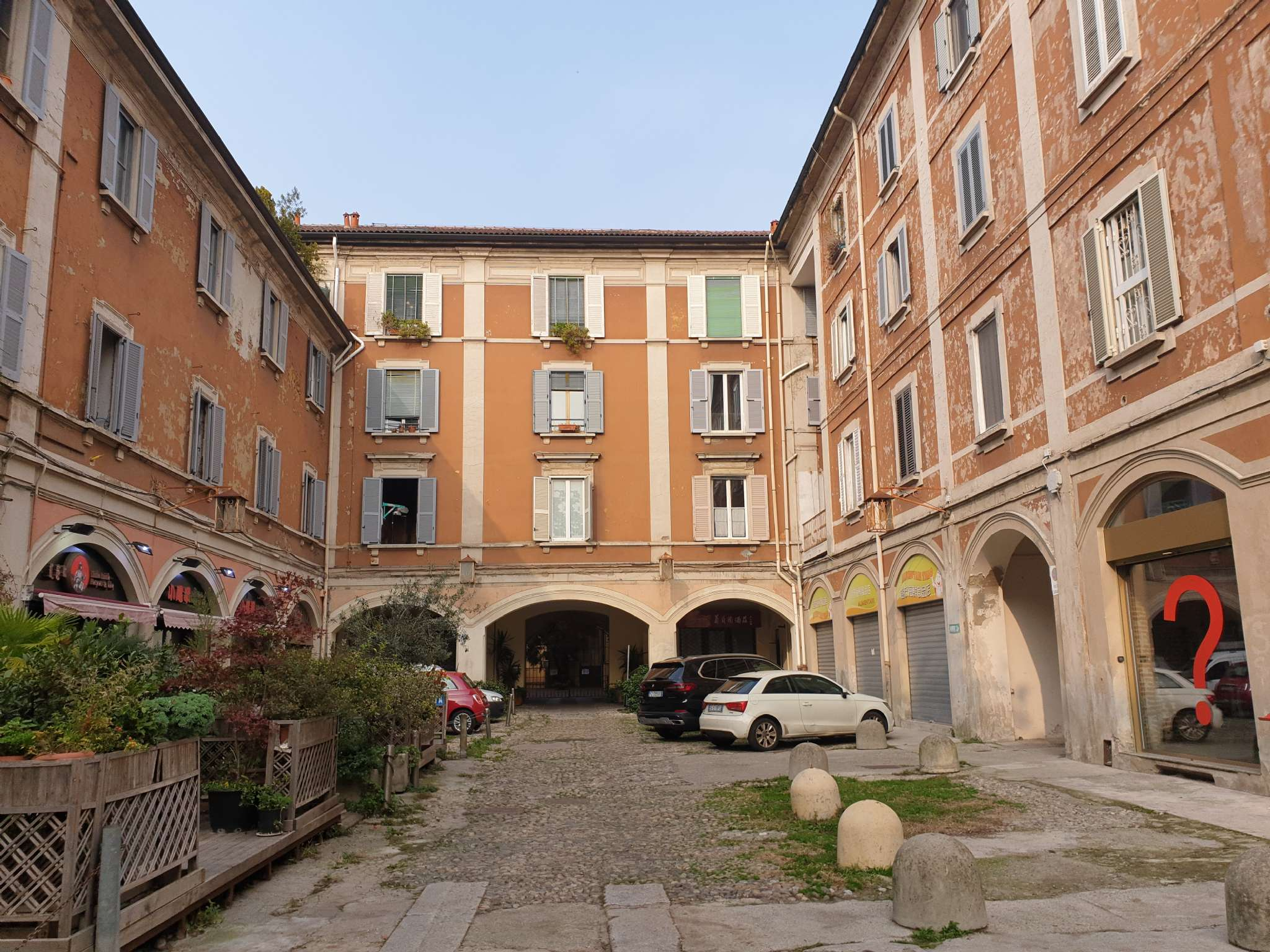 Appartamento in Vendita a Milano via paolo sarpi