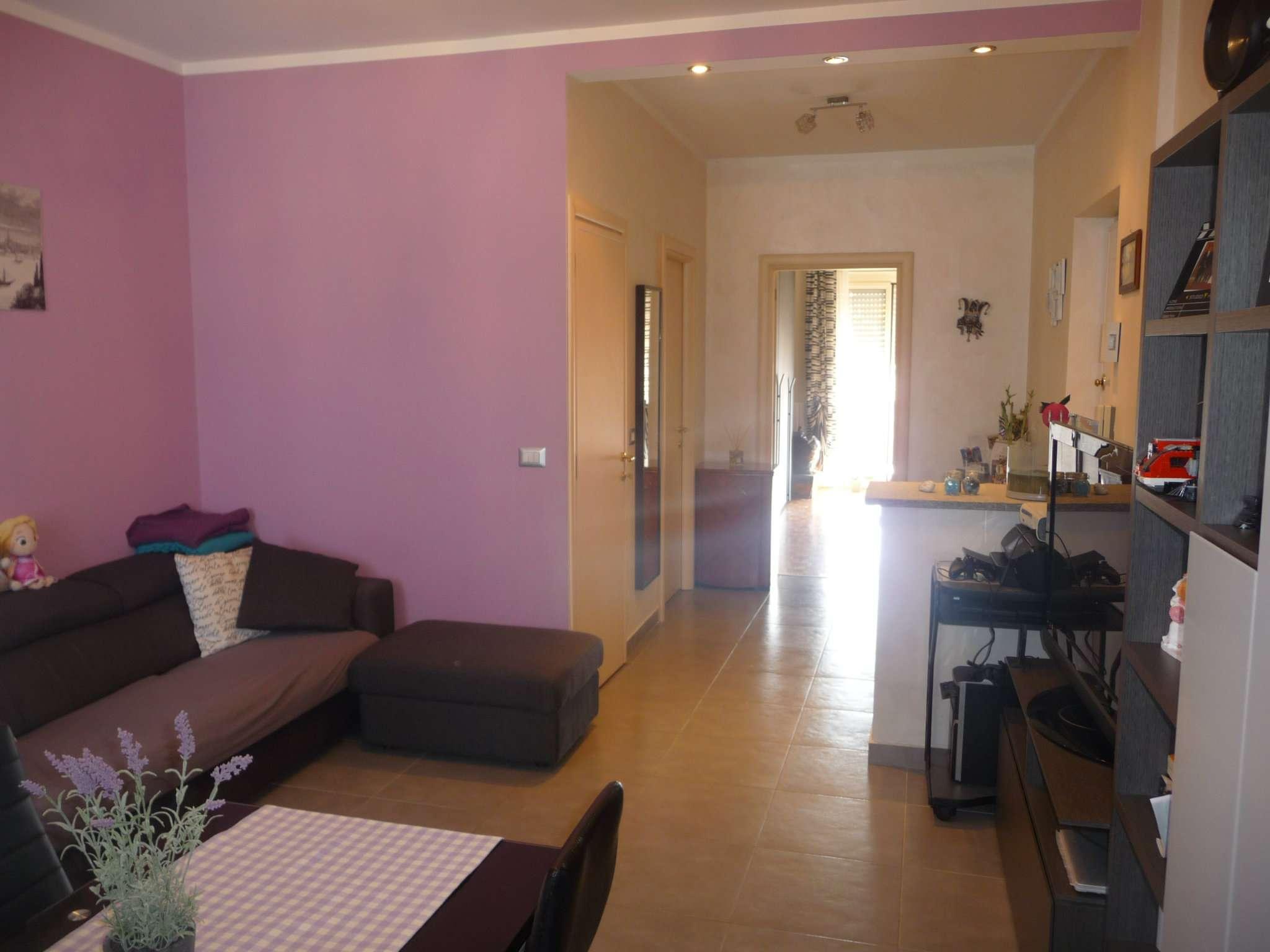 Bilocale Torino Via Buriasco 2