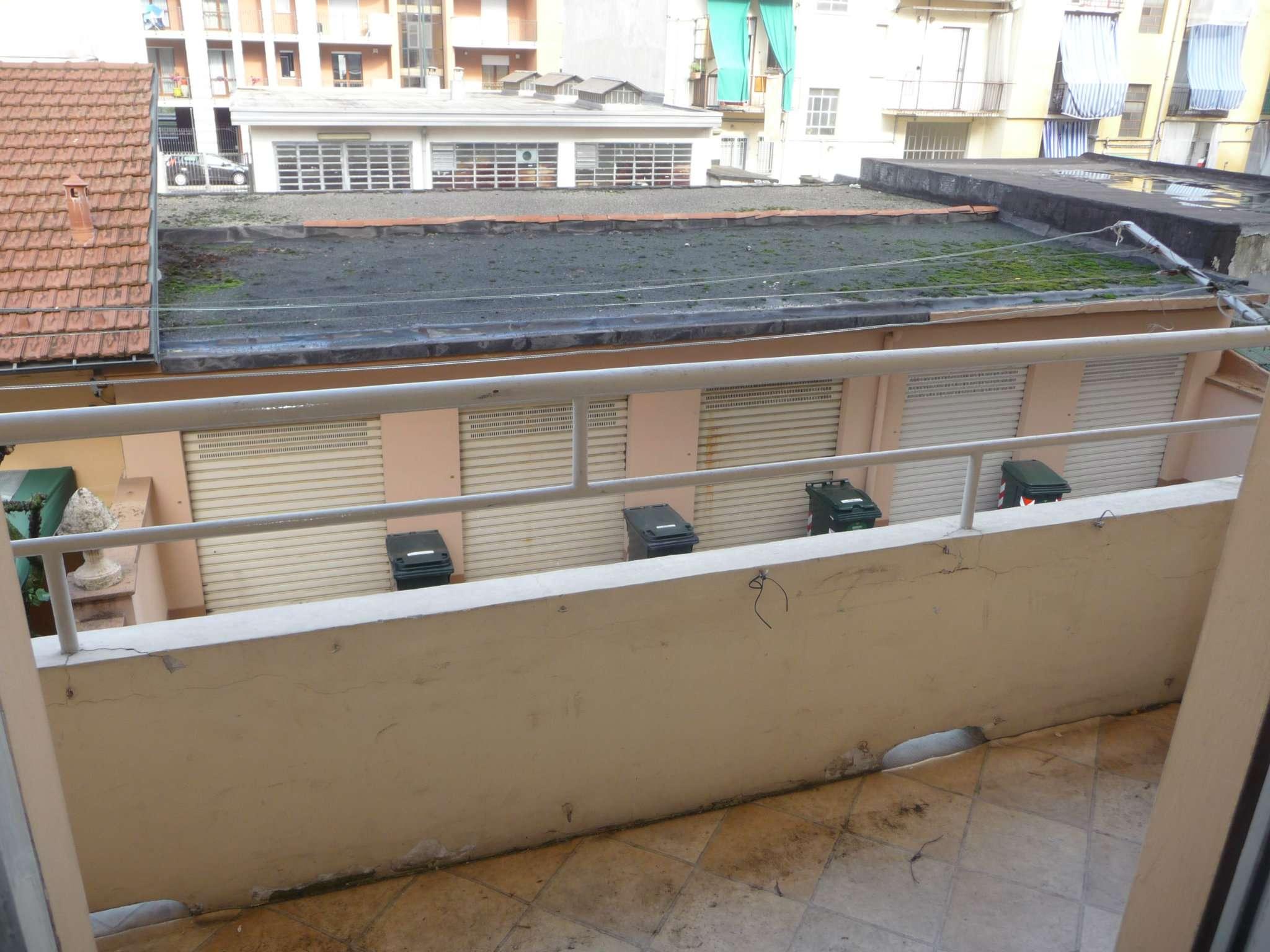 Bilocale Torino Via Rueglio 6