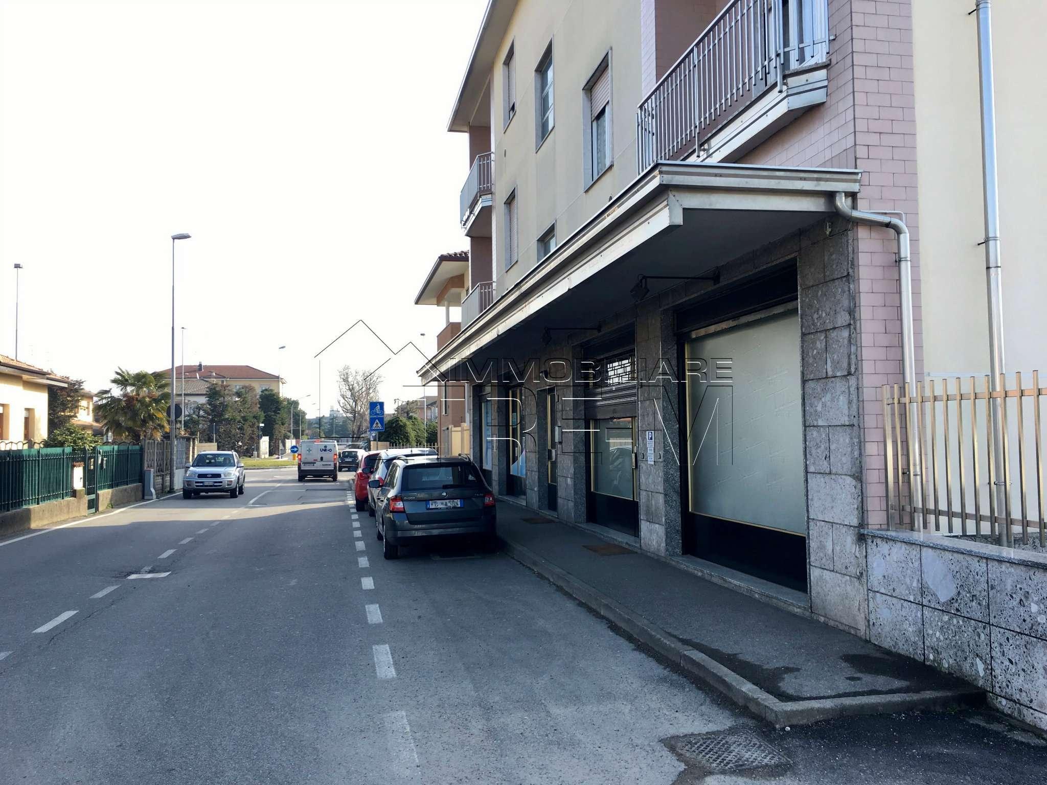 Negozio / Locale in affitto a Lainate, 1 locali, prezzo € 590 | CambioCasa.it
