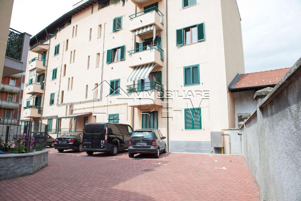 Appartamento in vendita a Vanzago, 3 locali, prezzo € 169.000 | CambioCasa.it