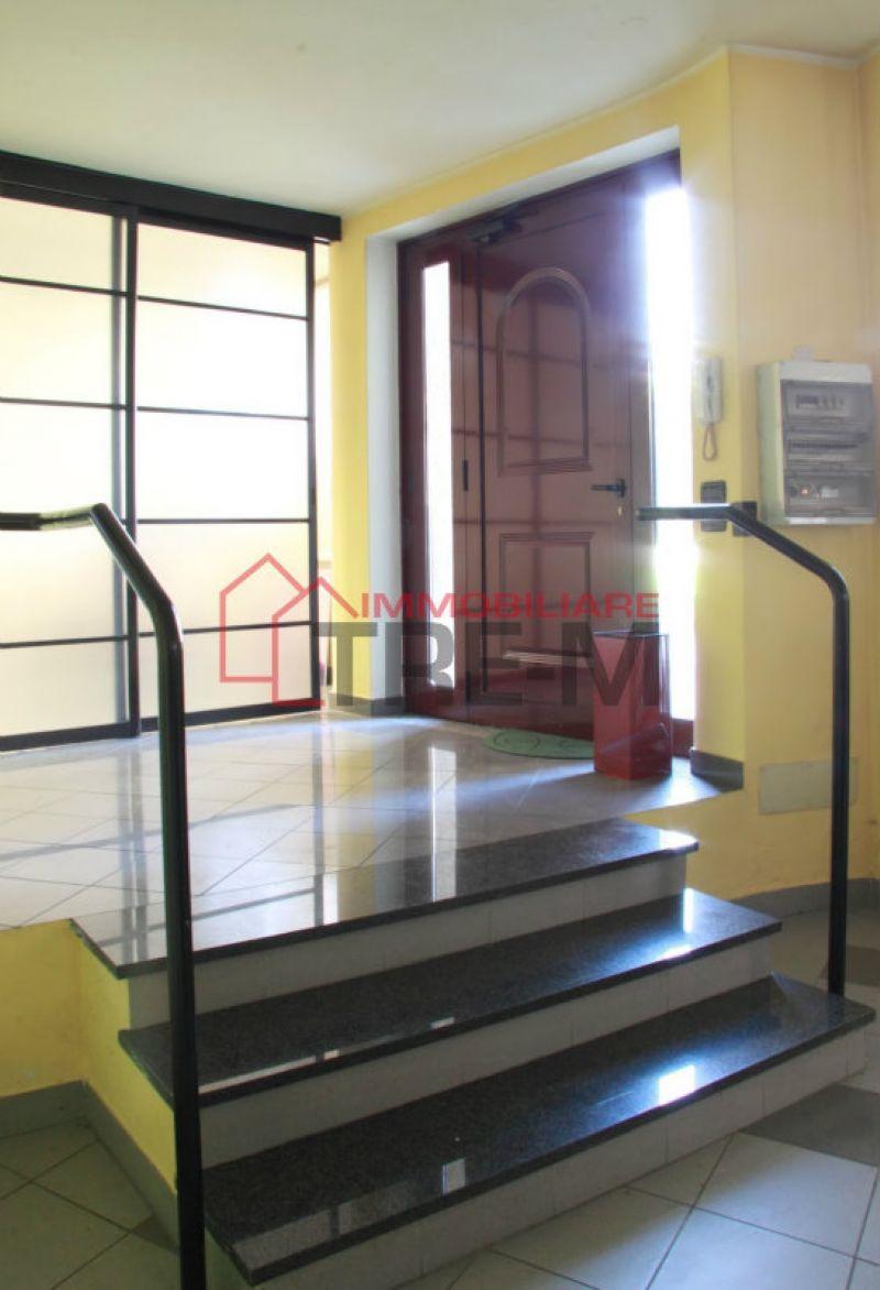 magazzino-deposito Affitto Pogliano Milanese