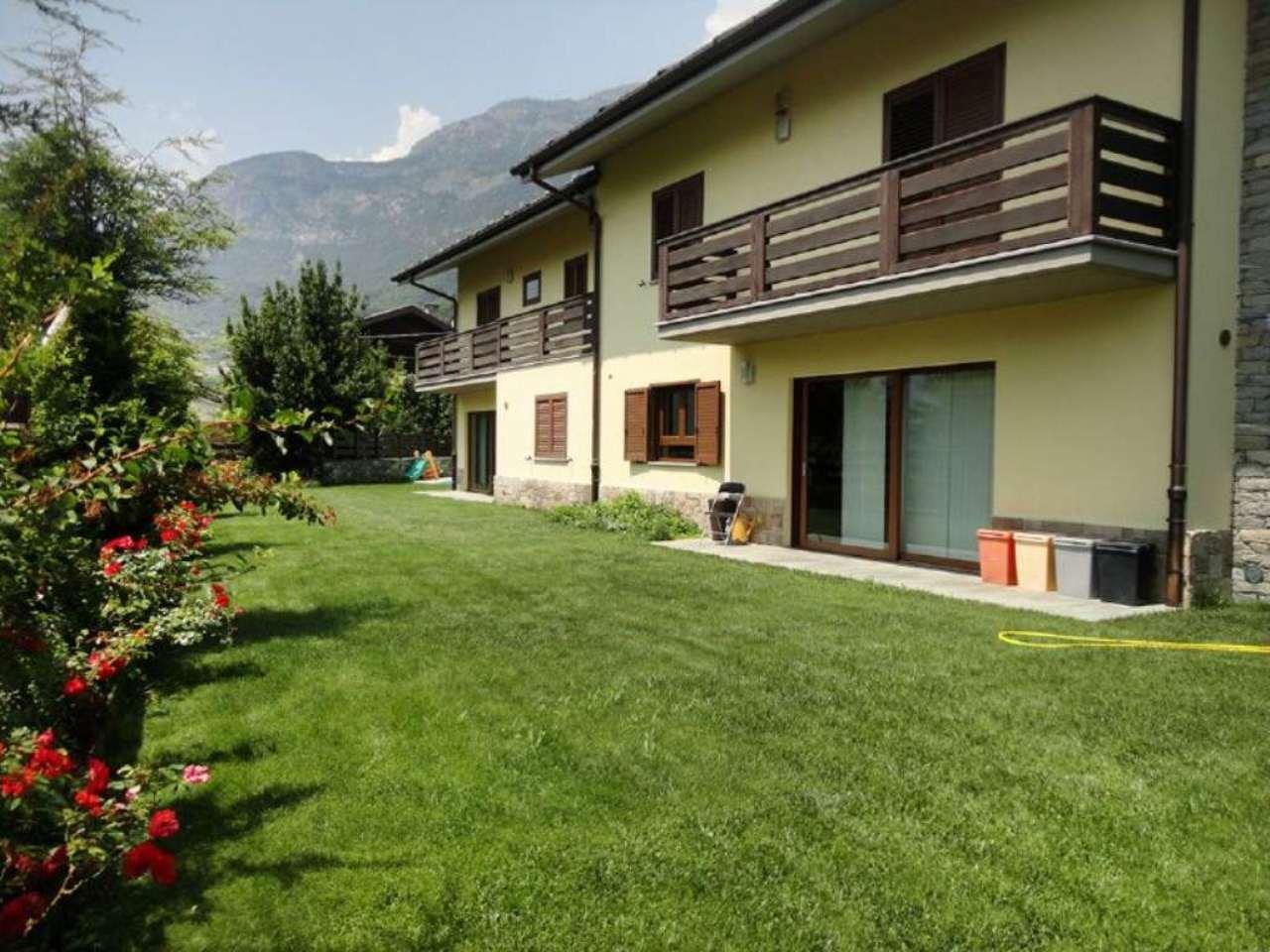 Villa Bifamiliare in vendita a Saint-Vincent, 9 locali, Trattative riservate | Cambio Casa.it
