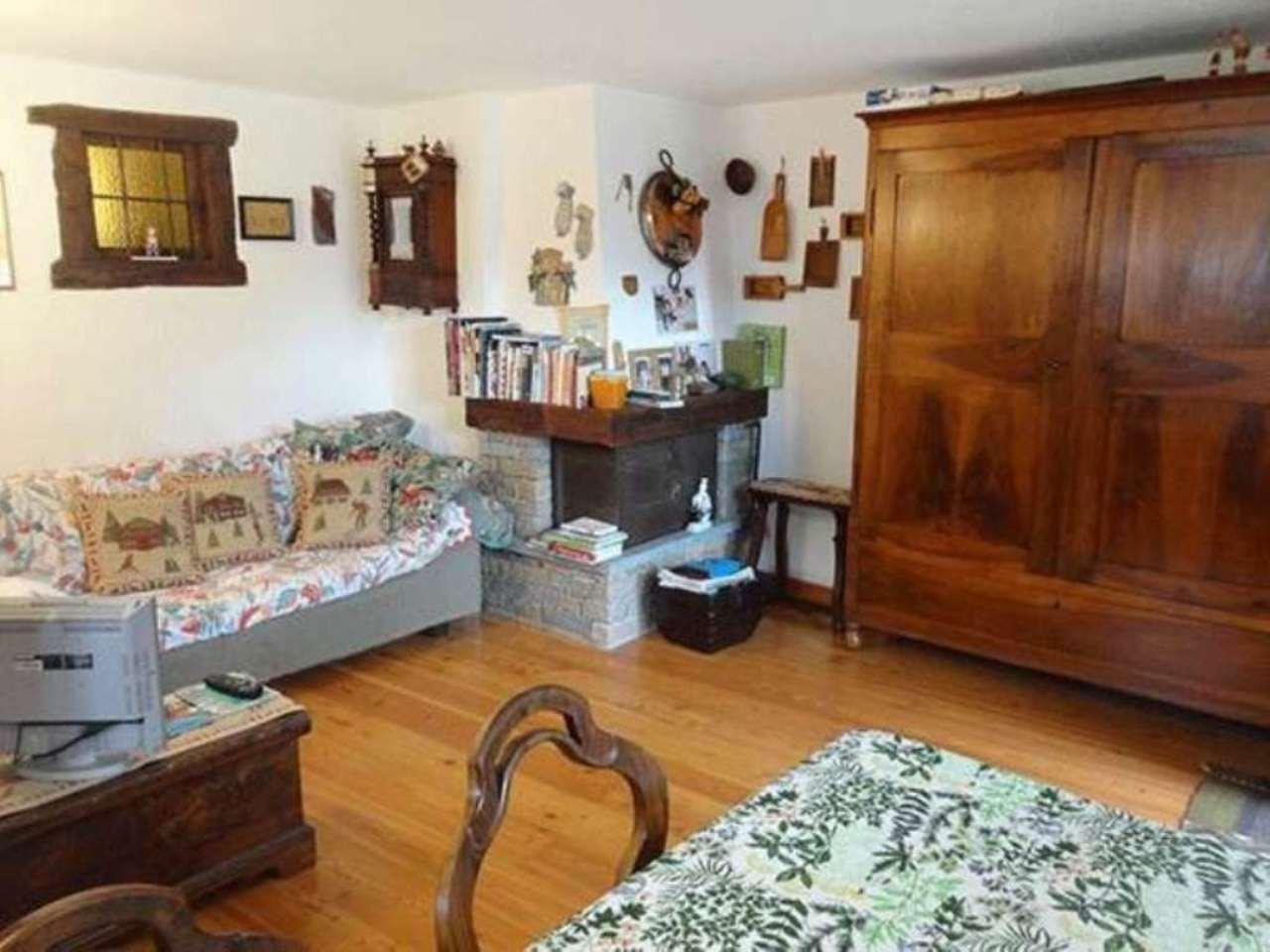 Appartamento in vendita a La Salle, 3 locali, prezzo € 230.000 | Cambio Casa.it