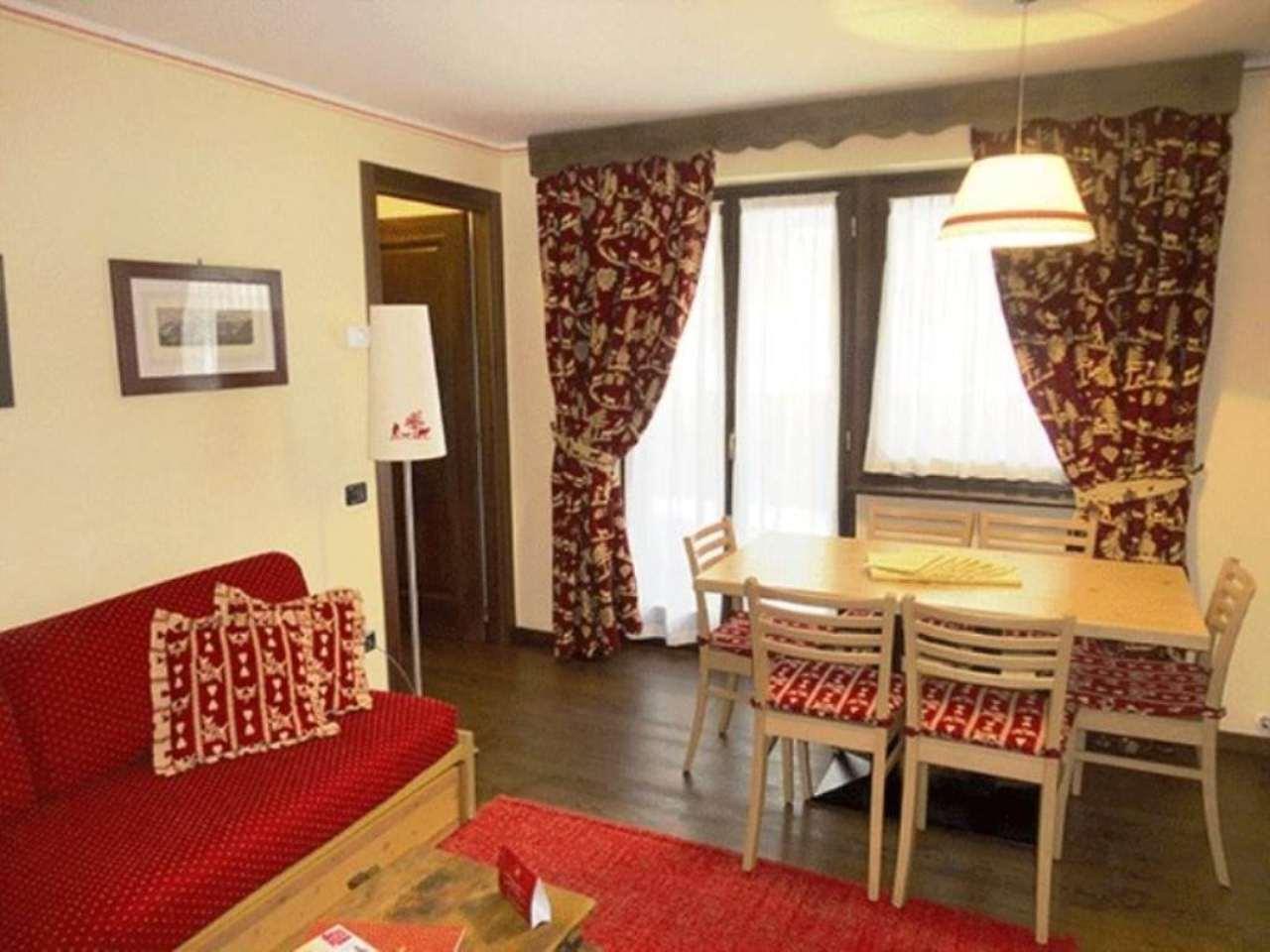 Appartamento in vendita a Courmayeur, 3 locali, prezzo € 470.000 | CambioCasa.it