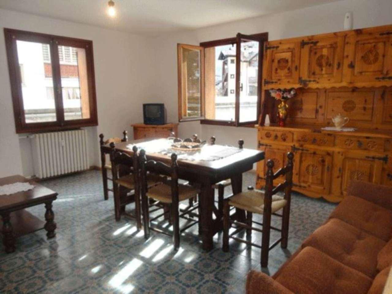 Appartamento in vendita a Morgex, 3 locali, prezzo € 180.000 | Cambio Casa.it