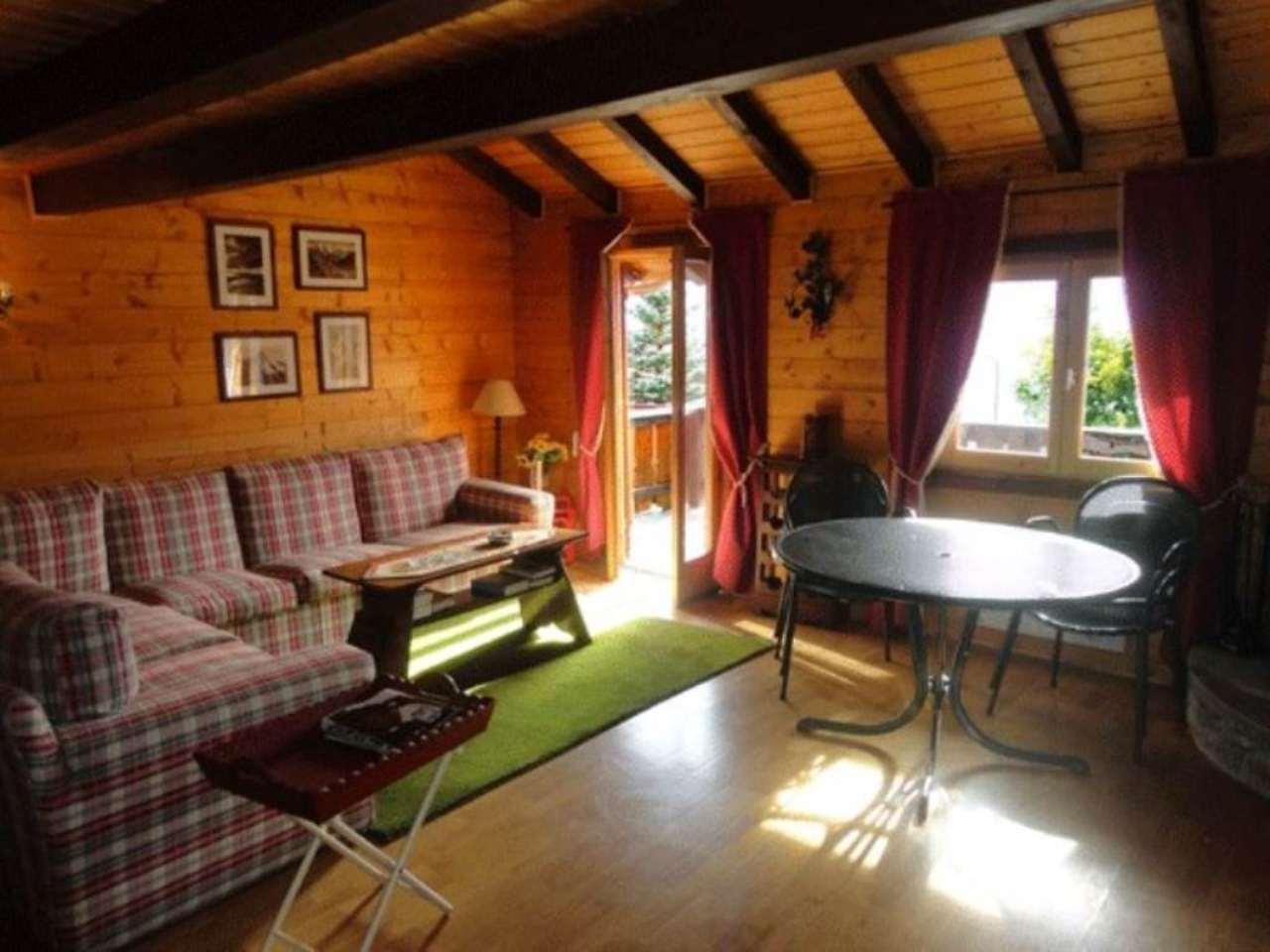Appartamento in vendita a La Salle, 5 locali, prezzo € 300.000 | Cambio Casa.it